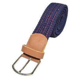 Cinturón azul vena roja