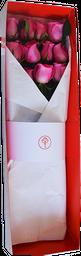 Caja Roja o Blanca R50 con 10 Rosas Fucsia