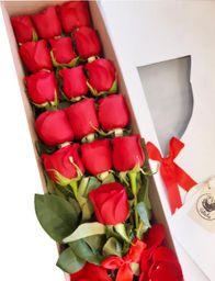 Caja blanca larga 16 rosas rojas