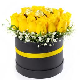 Arreglo Con 18 Rosas Amarillas y Chocolates
